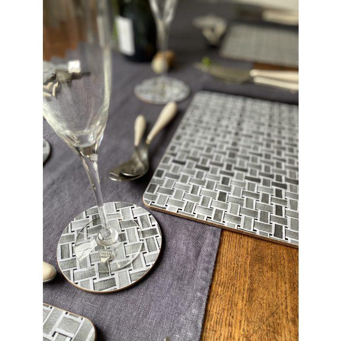 Ingria tableware